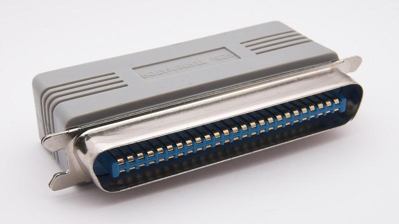 تمام آنچه که باید در مورد استاندارد SCSI (Small Computer System Interface) بدانید!