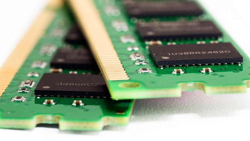 آیا کامپیوتر من نیاز به حافظه (RAM) بیشتری دارد؟