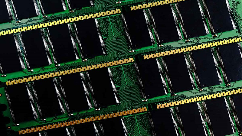 دستگاه ذخیره ساز اطلاعات کامپیوتر چیست؟