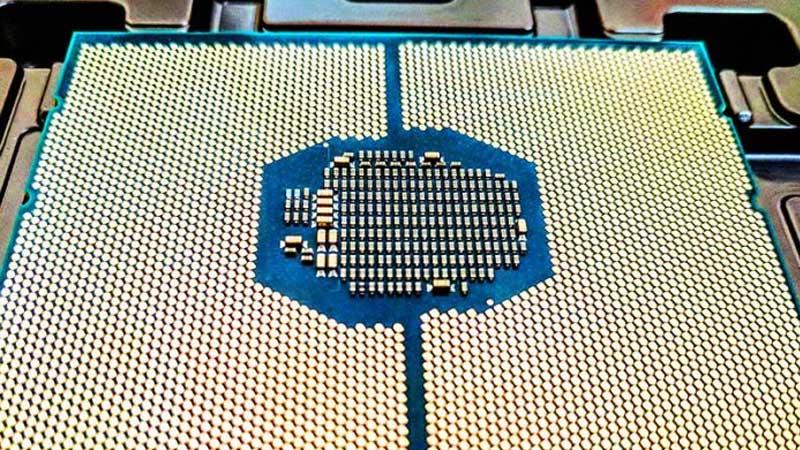 نقد و بررسی و بنچمارک سی پی یو Xeon Gold 6240
