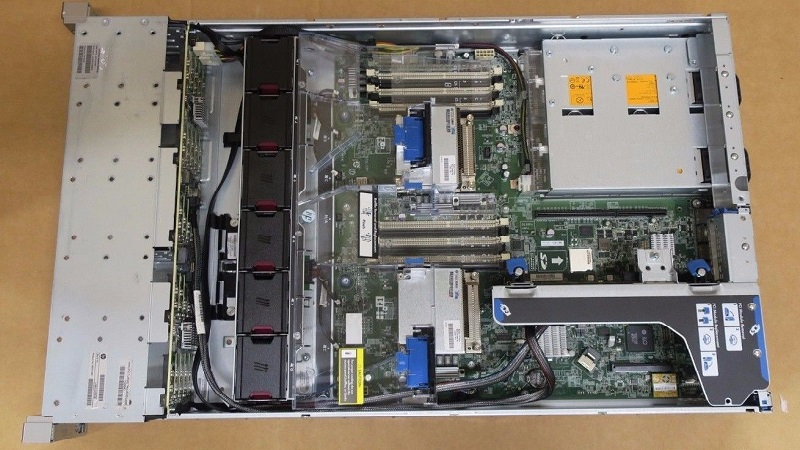 بررسی اجمالی سرور HPE ProLiant DL380e Gen8